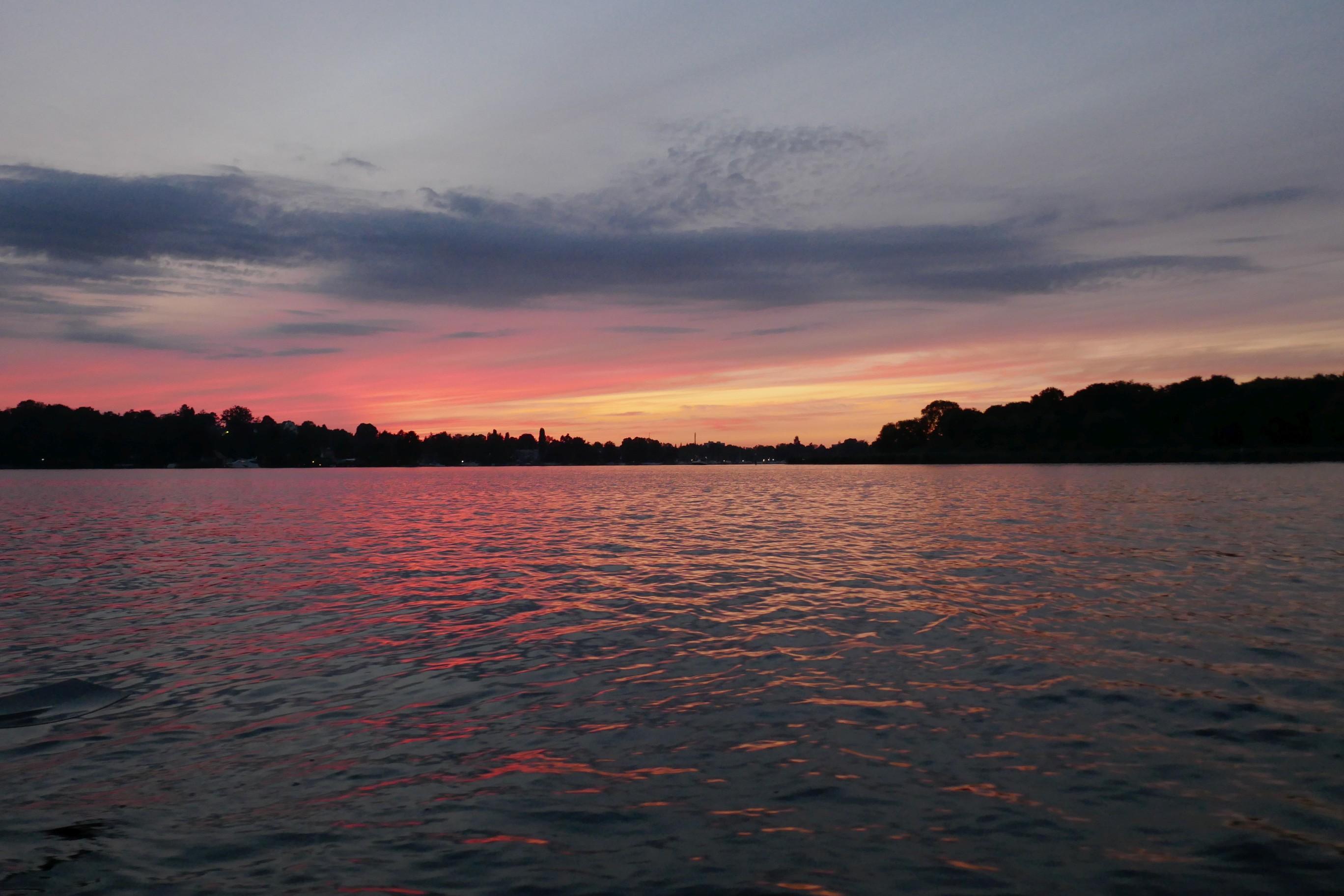 Sonnenuntergang beim 24h-Rudern