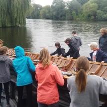 Kirchboot ins Wasser lassen