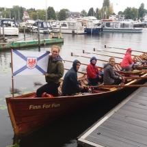 Kirchboot mit Märker-Flagge