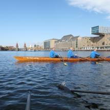 Wiking-Sternfahrt 2017: Ruderboot vor der Oberbaumbrücke