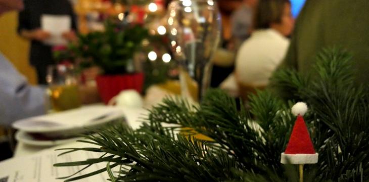 Weihnachtslieder, Geschichten und selbstgebackene Plätzchen – Eindrücke vom Adventskaffee am 9. Dezember 2017