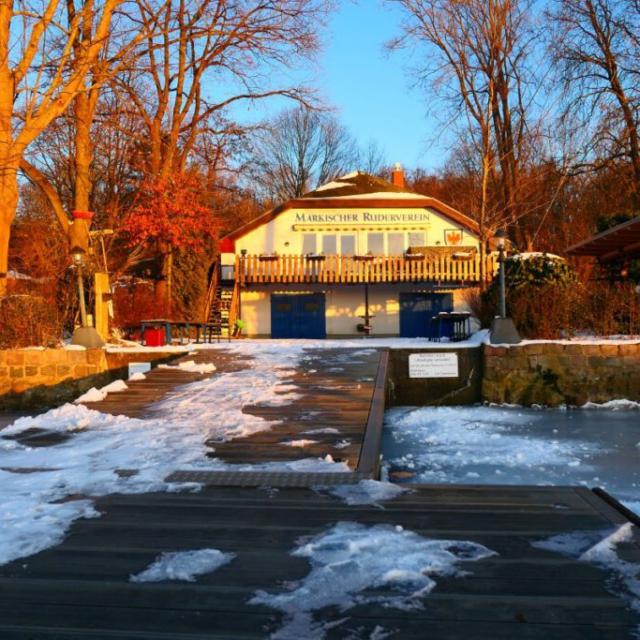 Das winterliche MR-Bootshaus